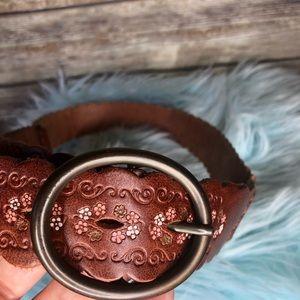 Amanda Smith tooled painted leather boho belt L
